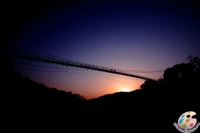 عکس | عکس زیبا | عکسهای زیبا | تصویر | تصاویر زیبا | عکس جالب | عکسهای جالب | عکس دیدنی | عکسهای دیدنی | منظره | عکس منظره | طبیعت | عکسهای طبیعت | مناظر | عکس مناظر طبیعی | عکسهای منظره طبیعی | مدل نقاشی | مدل نقاشی منظره | پل | پلها | پل چوبی | پلهای چوبی | پلهای خفن | پلهای خطرناک | پل خطرناک | پل خطرناک | پرتگاه | دره | عکس پل | عکسهای پل | پلهای جالب | پلهای دیدنی | عکسهای پلهای خطرناک | عکسهای پلهای جالب | عکسهای پل های دیدنی | پیک بانک | آرشیو عکس و تصویر |