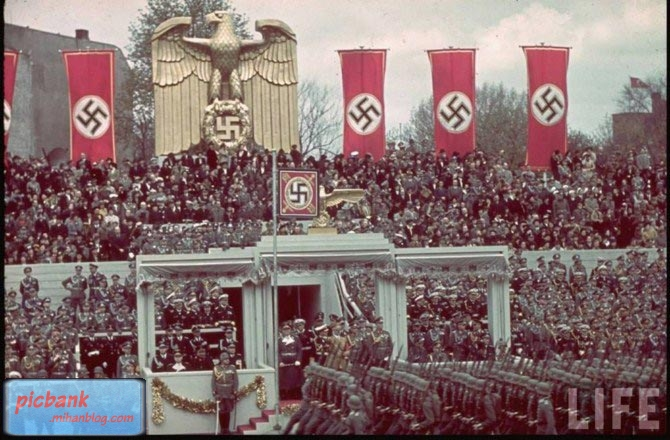عکس | عکسهای زیبا | عکسهای تاریخی | عکس های به یاد ماندنی | بیاد ماندنی | عکسهای جنگ جهانی دوم | عکسهای جنگ جهانی اول | عکسهای آدولف هیتلر | عکس های آلمان نازی | ژرمنها | جرمنها | جرمنی | ژرمن | جرمن | Life | War | Word War 1 | Word War 2 | World | World War | آلمان نازی | آلمان نازی جنگ | تصاویر جنگی | تصاویر منتشر نشده | جنگ | جنگ جهانی | جنگ جهانی اول | جنگ جهانی دوم | جنگ جهانی دوم با عکس | جنگ های هیتلر | جنگ های پی در پی | جنگ پر شور | جنگی | خرابی | خرابی جنگ | خرابی جنگ جهانی | شوروی | عکس های جنگ | عکس های واقعی | عکس های واقعی جنگ | متحدین | متفقین | مجله لایف | نازی | هیتلر | هیتلر بزرگ | جنگ خطرناک | ژاپن | فاشیسم | نازیسم | موسولینی | آدولف هیتلر | آلمان فدرال | دیوار برلین | برلین | برلن | صدمات جنگ جهانی | آسیبهای جنگ جهانی | حزب نازی | سوسیالیسم | رایش | رایش سوم | پرچم آلمان | پرچم آلمان نازی | بریتانیا | جنگ بریتانیا | اروپا | جنگ اروپا | حمله آلمان | نازی ها | حمله نازی ها | لایف | گزارش تصویری | تصاویر جنگ جهانی دوم | نژاد پرستی | سلطه گری | نظامی | عکسهای نظامی | عکسهای جنگی | ارتش | ارتش آلمان | ارتش نازی ها | دست اندازی هیتلر | سلطه گری هیتلر | هیتلر و موسولینی | متحدین هیتلر | متحدین آلمان در جنگ جهانی دوم | تاریخی |